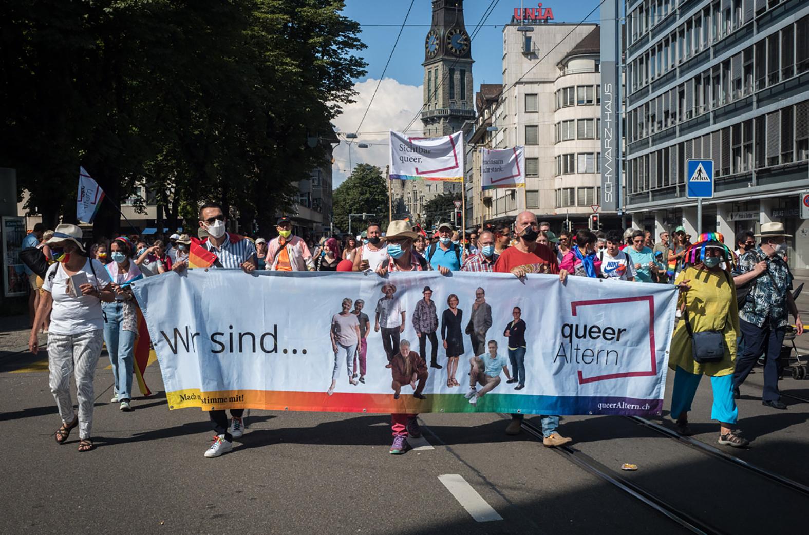 queerAltern am Zurich-Pride-Umzug