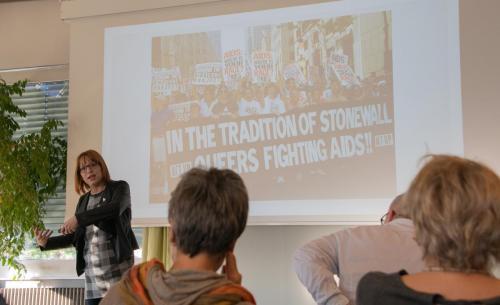 08 queerAltern Caring-Community-Workshop-2019 Gastreferentin-Dr-Dana-Mahr ©S.Meier gestaltungskiosk.ch