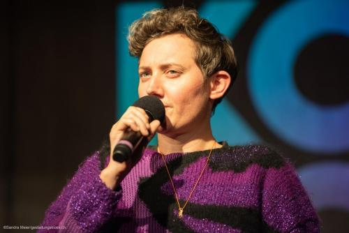 queerAltern-Kosmos-PinkApple-Kosmopolitics Brunner Natalie©S.Meier gestaltungskiosk.ch-1