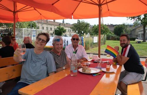 2021 queerAltern Pride-Apero 12 ©Sandra-Meier-gestaltungskiosk.ch