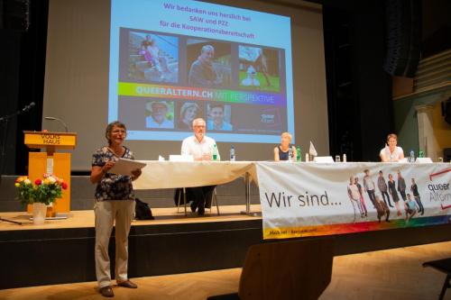 queerAltern-Durchbruch-Espenhof Volkshaus 10-07-2020©Caroline-Bisang-14